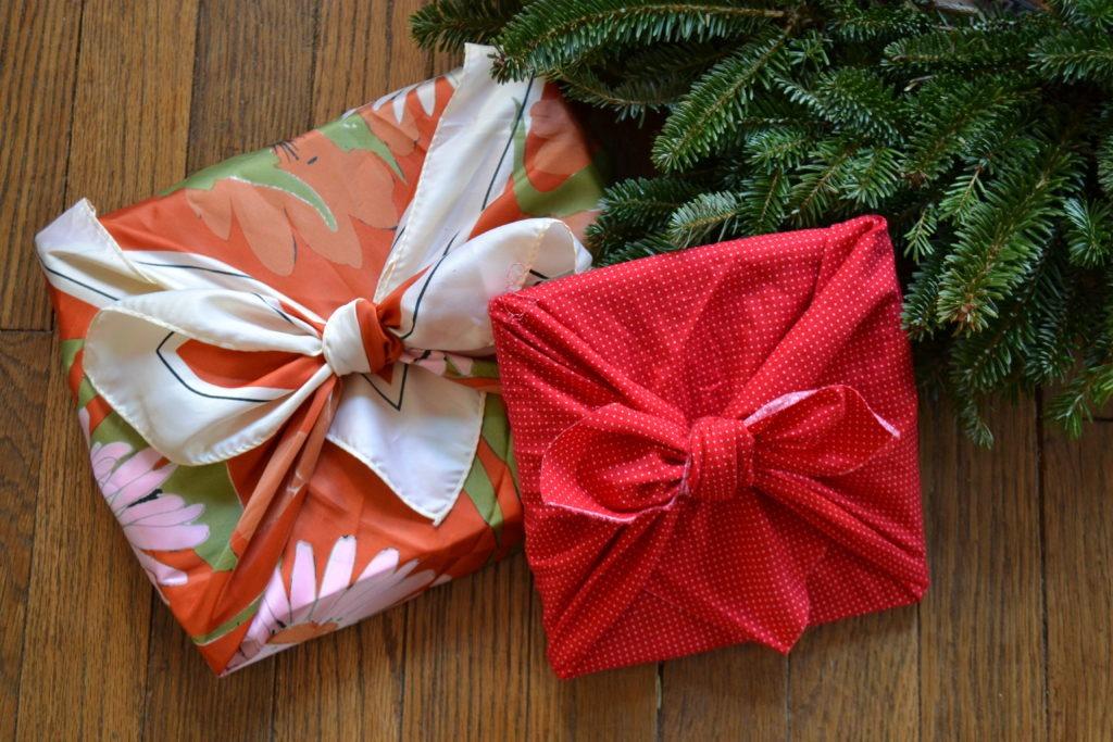 zero waste gift wrapping