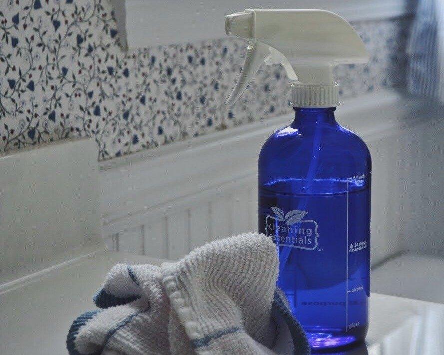 glass spray bottle